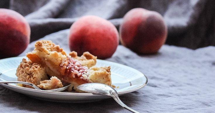 Grundrecept på en lättlagad smulpaj som du kan använda till persikopaj…