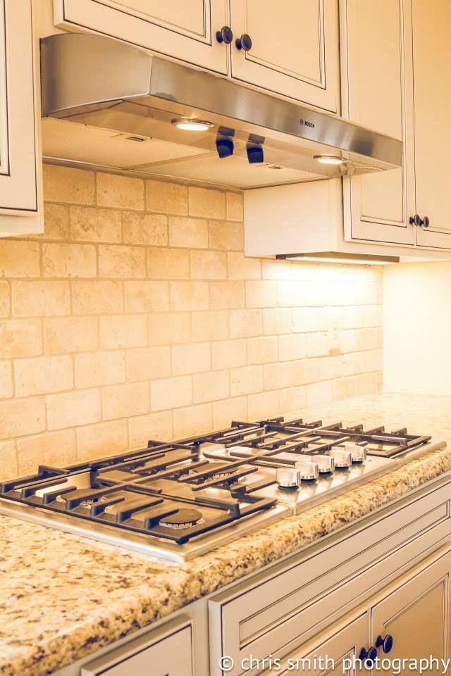 The 25 Best Ivory Kitchen Cabinets Ideas On Pinterest Kitchen With Dark Floors Antique White