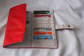 Miss Bee Little coud pour vos p'tits bouts!: Porte cartes de fidélité en simili cuir rouge