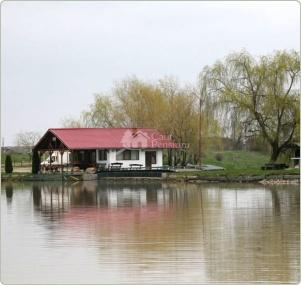 Complex agrement, pescuit sportiv Lac Racovita