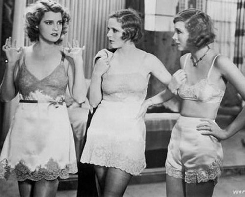 """Jeanette MacDonald, Sally Blane and Joyce Compton in the 1931 film """"Anabella's Affairs."""" Gotta love pre-code Hollywood!:"""