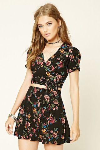 Pleated Floral Mini Skirt