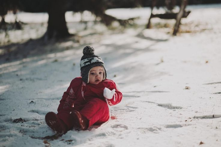 """www.darienfunk.com • We woke up this morning to our oldest yelling """"it snowed! There's snow! I can't believe there's snow! This is the best day ever!"""" Which has basically been his response to snow since he was a year old. So, we dressed the kids up and took them out. Nora was confused and cold. And Scout (our dog) took off running down the block in full excitement. We are all inside and eating our breakfast by the fire now - welcome winter ❄️ •"""