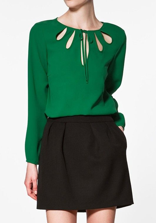 Green Hollow-out Ruffle Long Sleeve Chiffon Blouse