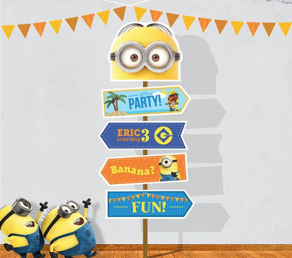 Personalized Minions arrow sign digital file por PartyPopPrints