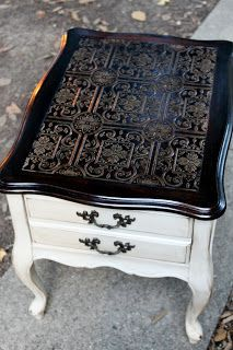Confessions of a DIY-aholic: French end table gets a new do.