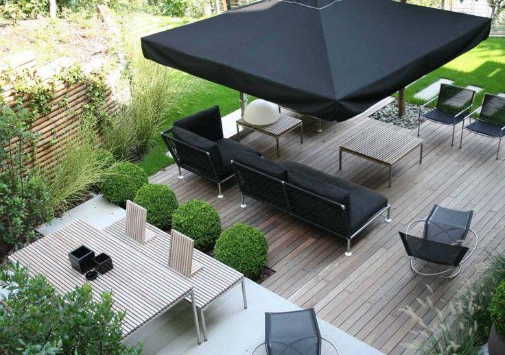 CORO Ombrelloni (Umbrella), Nest (Sofa) & Loop (Relaxchair)  #coro #ombrelloni #umbrella #nest #sofa #Loop #relaxchair #relax #chair #paardekooper #paardekooperhulst #centre #terras #terrace #buiten #outside #outdoor #outdoorliving #outdoorfurniture #terracefurniture #terrasmeubelen #tuin #garden #gardenfurniture #meubels #luxury #luxuryexteriors #architecture #design #designideas #designfurniture #zomer #summer #sun #sunscreen #shadow #lounge