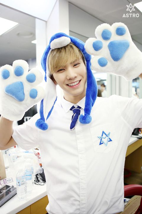 676 Best Astro Rocky★ Images On Pinterest Minhyuk