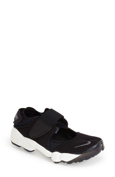Nike 'Air Rift' Sneaker (Women)
