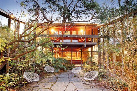 Walsh Street Courtyard - Robin Boyd Architect