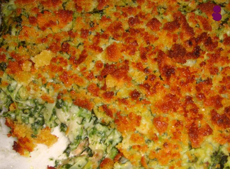 INGREDIENTES   - 3 Lombos de Bacalhau   - 1 Broa de Milho Branca ou Amarela   - 1 molho de espinafres   - Azeite   - Cebola   - Alho ...
