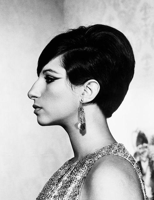 Beautiful with her aquiline nose | Barbra streisand