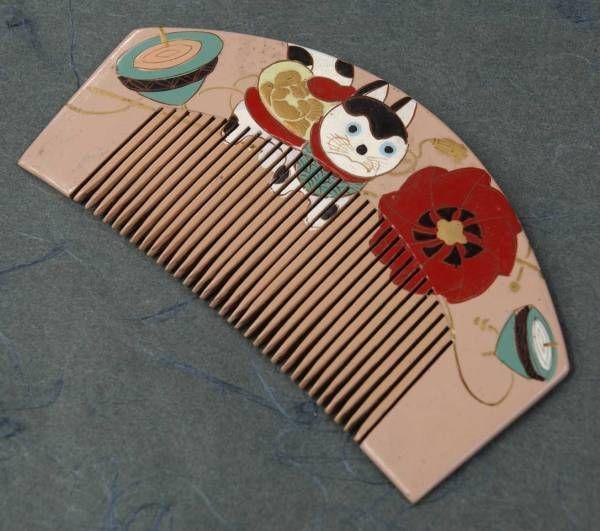 Aya Kon wooden handle of Kimono accessories ★ comb papier-mache dog 3600.