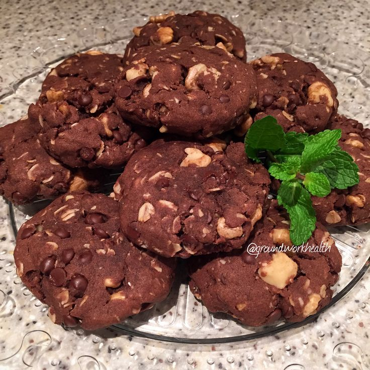 Mint Double Chocolate Chip Cookies (#vegan and #gluten-free)