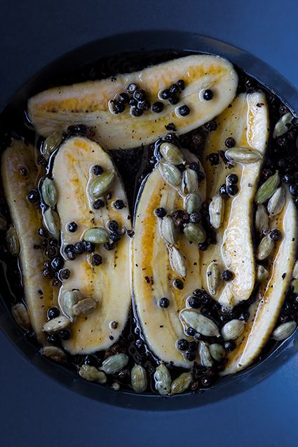 Bananas marinated in cardamom