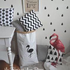 Paper bag storage sac papier rangement flamant rose noir et blanc