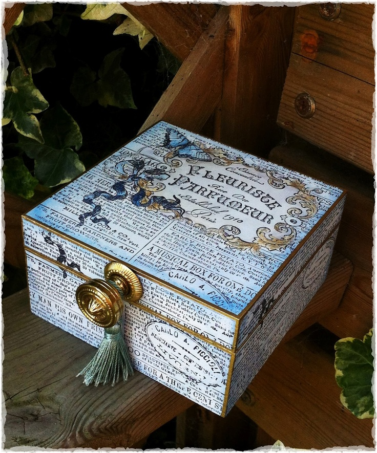Vintage Fleuriste Box by Paula Tidman | That's Blogging Crafty!