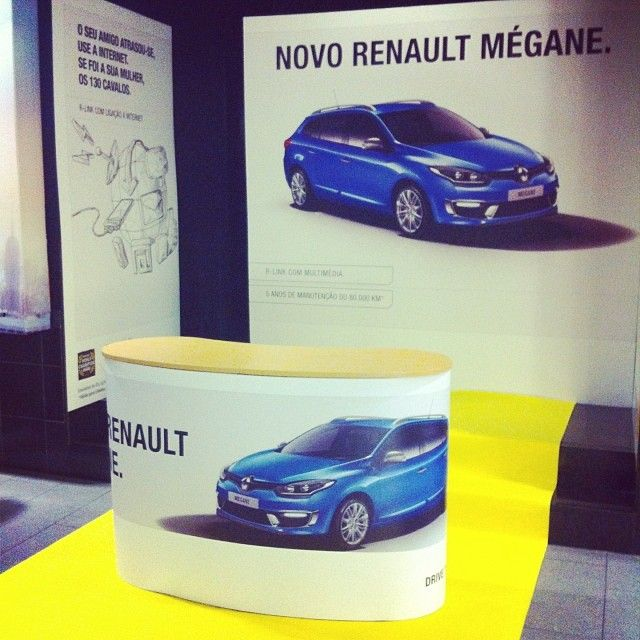Renault #whatstore #renault #mégane #eventos #publicidade #marketing #brand #display #popups #impressãodigital