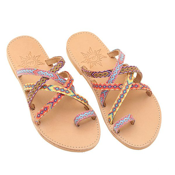 🌈 Bringing some #color splash to your #Monday with #Agistri by #HeliosSandals 🎀   #handmadeleathersandals #ethnic #newseason #springsummer_17 #sandalsforall #luxurylife 🛫 Free shipping worldwide