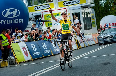 Jolanda Neff (Swiss National Team) absolutely dominated the Tour de Pologne Women. The Swiss athlete also captured the third and last fraction, from Bukovina Resort to Bukowina Tatrzanska, and she takes home the first edition in the history of the Polish stage race for women. #TDP #Polska #JolandaNeff
