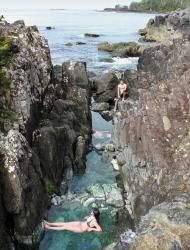 ... the 20 minute walk was worth it to Hot Spring Cove - then back to Tofino [BC Canada].
