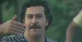 Pablo Escobar, Moto.