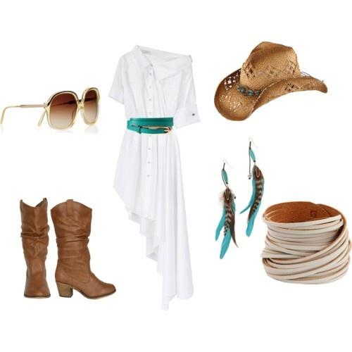 Casual cowgirl style #ATBFashionRoundup with @Akemi Blanchard Financial and @Michelle Flynn Flynn McCurrach