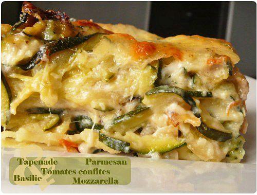 Les lasagnes deviennent peu à peu mon plat préféré. Je les fais à toutes les sauces : classiques à la bolognaise, provençales et celles-ci à la courgette.