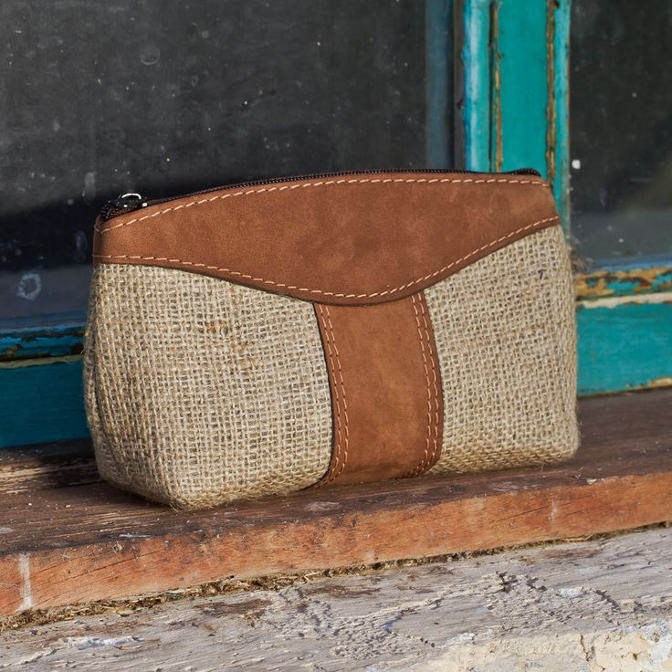 (http://www.altiplano.com/burlap-cosmetic-bag-with-leather-trim/)   I have leather and I have wool fabric.