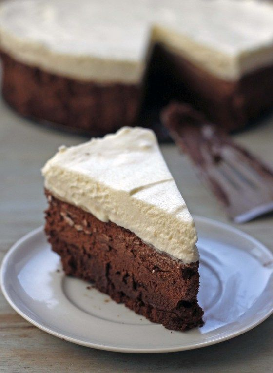 triple chocolate mousse cake | withloveandcupcakes.com
