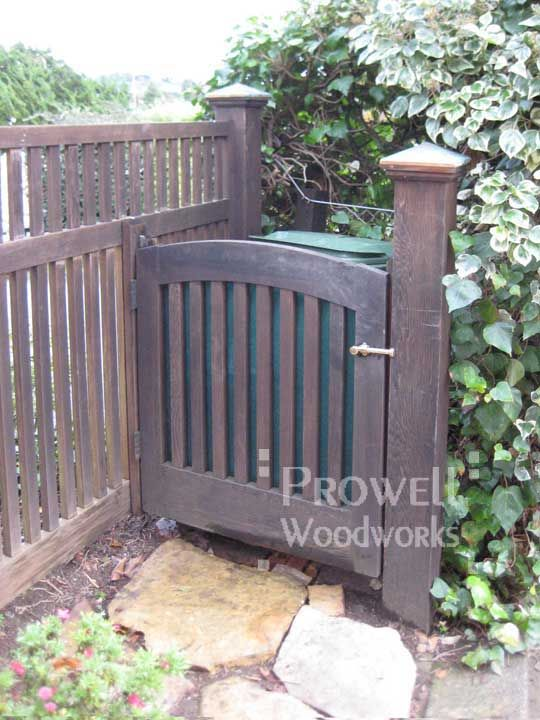 Privacy Fence for Trash Bins