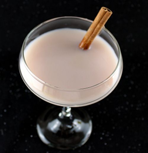 Snowball Drink: 1921 Tequila Cream Liqueur, Vanilla, Kahlua, Milk, Cinnamon