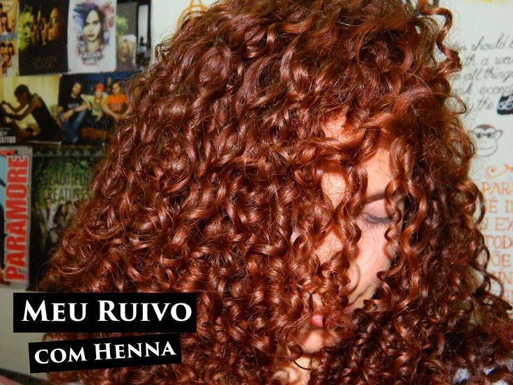 Dei a louca, pintei o cabelo de manhã e à tarde passei a henna! Se preparem para uma overdose de fotos porque eu tô…