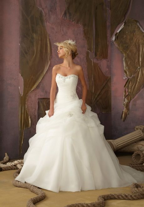 17 best Hochzeitskleid images on Pinterest | Wedding dressses ...