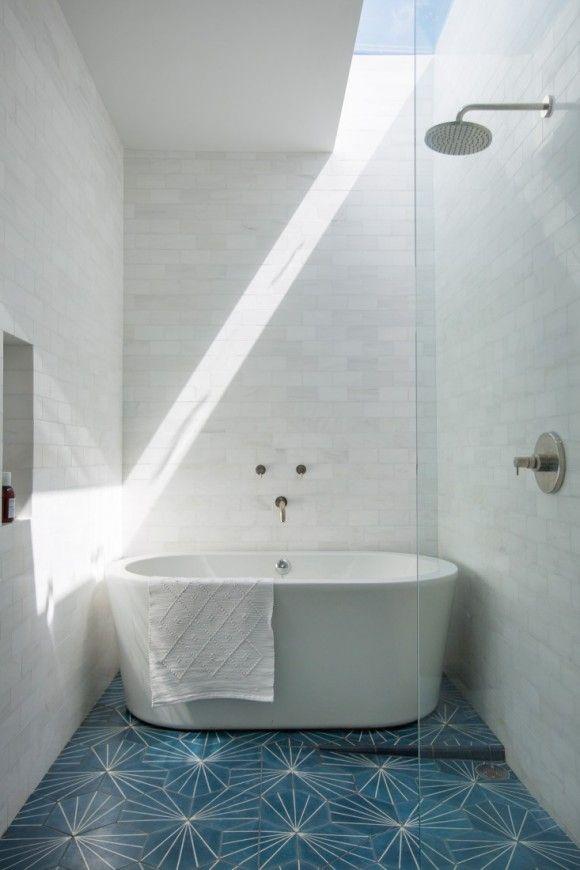 Fun tile work on the floor. | japanesetrash.com