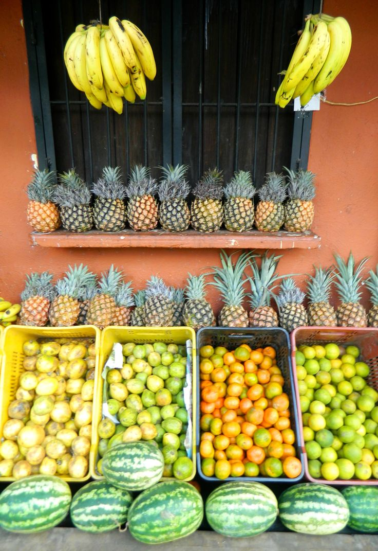 Selinas Ekologiska Meze. Fruits & Veggies Venezuela