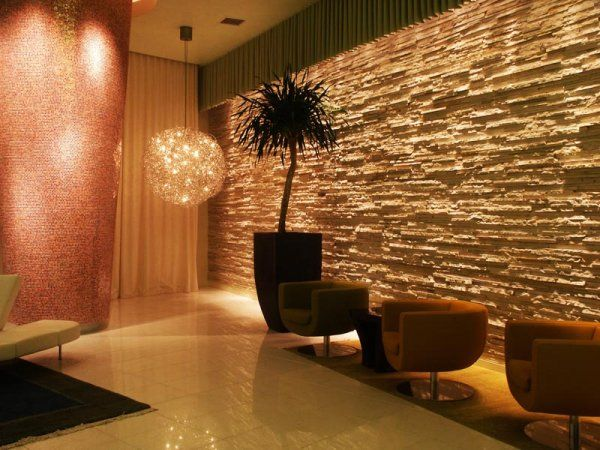 Condo lobby pictures vue condo lobby entrance condo for Villa lobby interior design