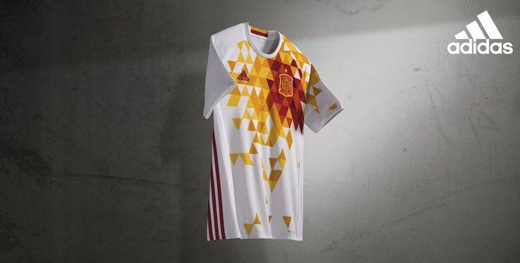 La selección española vestirá de blanco en su segunda equipación para la Eurocopa de Francia - foto 5 - MARCA.com