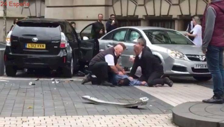 Once heridos en un atropello frente al Museo de Historia Natural de Londres
