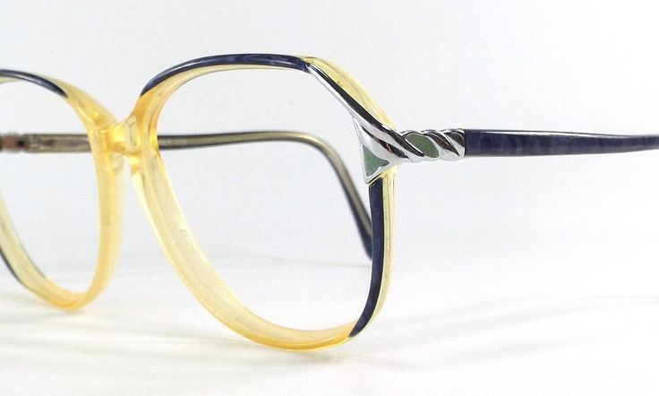1000+ ideas about Retro Eye Glasses on Pinterest Silver ...