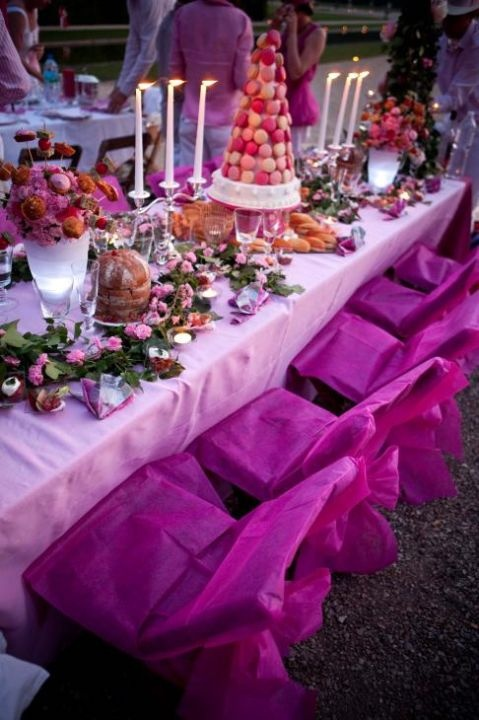 Night of rose in Vaux-le-VicomteTables, Paper Chairs, Scapes Placs Sets, Chargers Plates, Loire Rivers, Receptions Ideas, Centerpieces T Scapes Placs, Special Events, Chairs Covers