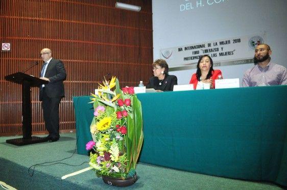 Conmemoran en Cámara de Diputados el Día Internacional de la Mujer con foro sobre su liderazgo y participación - http://plenilunia.com/salud-mental-2/violencia-en-la-mujer/conmemoran-en-camara-de-diputados-el-dia-internacional-de-la-mujer-con-foro-sobre-su-liderazgo-y-participacion/51333/