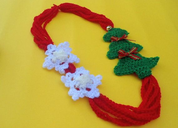 Christmas Necklace  Crochet Christmas Neckwarmer  by CRAZYBOOM