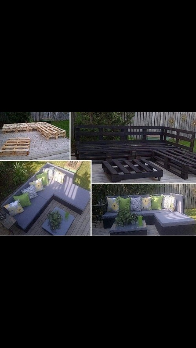 Pallet deck...I so want to do this....