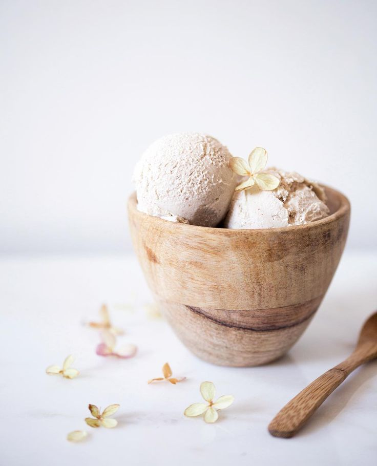 vegan cashew coconut ice cream