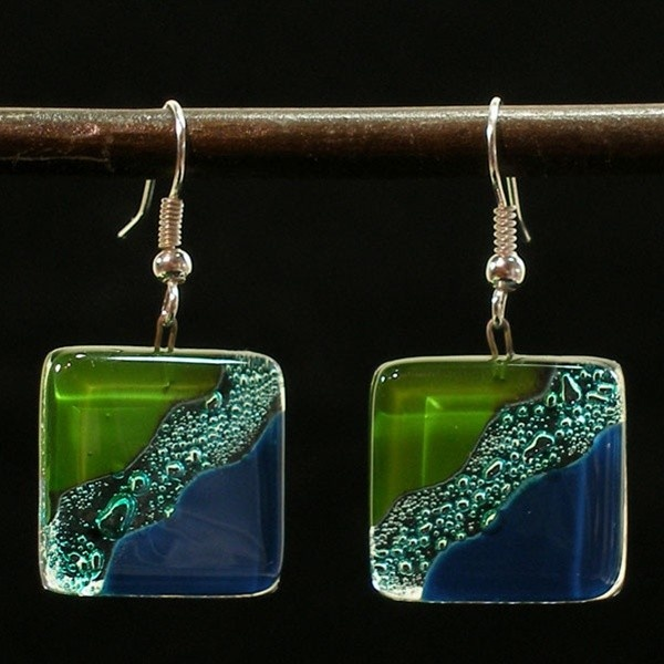 Google Image Result for http://www.goodgiftsnaturally.com/media/catalog/product/cache/1/image/9df78eab33525d08d6e5fb8d27136e95/f/a/fair_trade_handmade_fused_glass_earrings.jpg