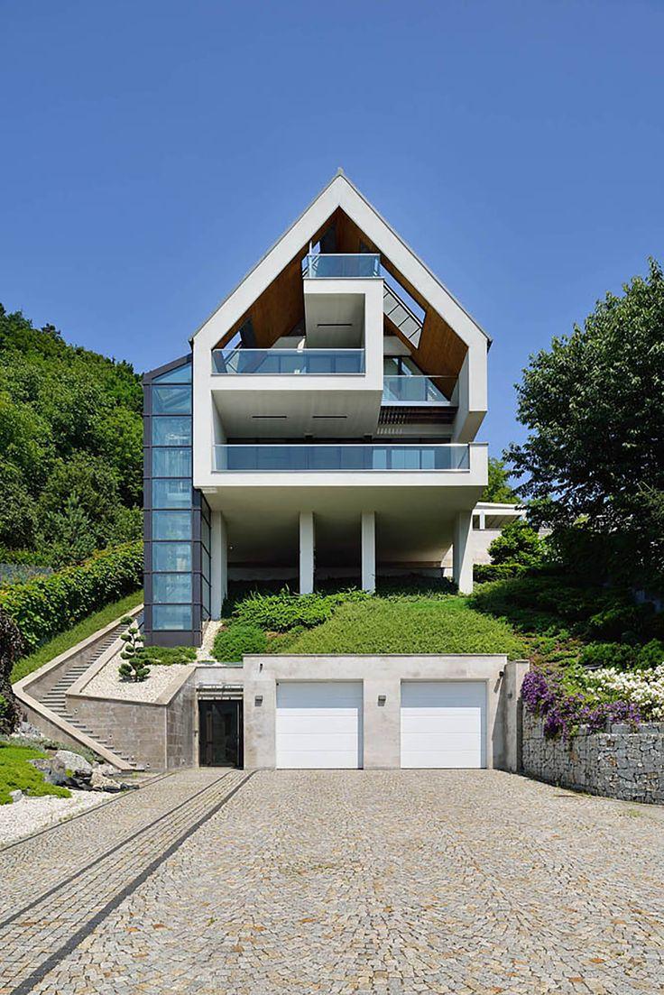 Exquisite GG House In Krakow, Poland By Architekt Lemanski
