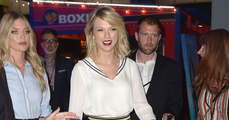 USA TODAY     Twitter celebrated Taylor Swift's victory in court.(Photo: Gustavo Caballero, Getty Images for Tommy Hilfiger)    After delivering adefiant testimony on the stand in Denver Thursday, Taylor Swift marked a major win in court Friday when a judge threw out a former DJ's... - #Court, #Hugs, #Sends, #Swift, #Taylor, #Twitter, #Virtual, #Win