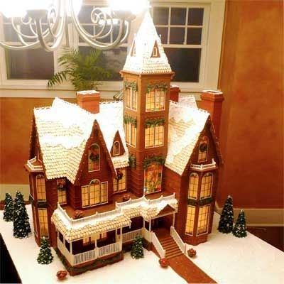 Victorian gingerbread houses are always beautiful. This one used 40 pounds of gingerbread!