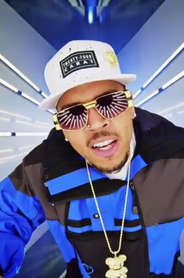 Chris Brown Ayo
